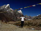 Nepal 2015 - From here the journey to the top of the world really begins<div style='float: right;'>[2015:10:05 14:17:03] [2015NEPAL-20151005-00934.jpg]</div>